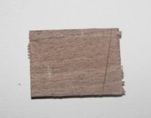 Traçage du premier côté de l'angle avec le gabarit