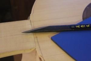 prolongement de la feuillure au crayon
