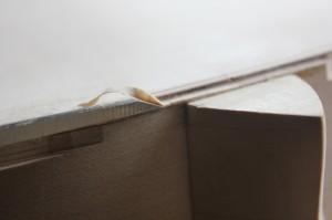Prolongement de la feuillure : réduction au ciseau jusqu'au niveau du talon