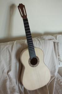 Une idée de la guitare après cette étape