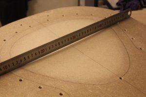 Contrôle de la régularité et de la symétrie du creux au niveau du sillet
